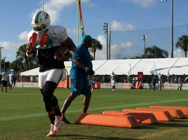 Miam Dolphins list RB Jay Ajayi over Arian Foster on depth chart