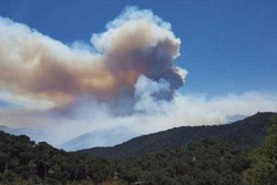 The Soberanes Fire near Big Sur in Northern California is 50 percent contained, Cal Fire reported Tuesday morning. A dozen wineries are close to the fire. Photo by Cal Fire/Facebook