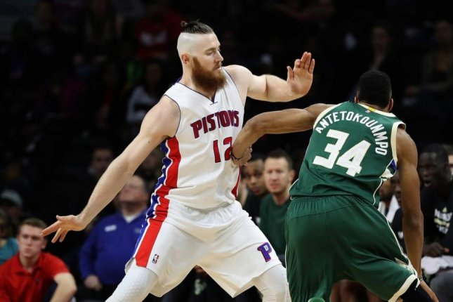 Detroit Pistons' Aron Baynes declines option, will become free agent