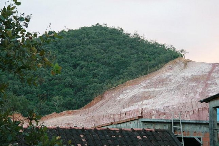 Amazon deforestation. (CC/Alex Rio Brazil)