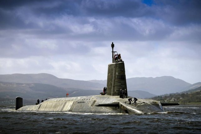 Royal Navy Vanguard Class submarine HMS Vigilant returning to HMNB Clyde after her extended deployment in 2014. Photo by Thomas McDonald/British Defense Ministry