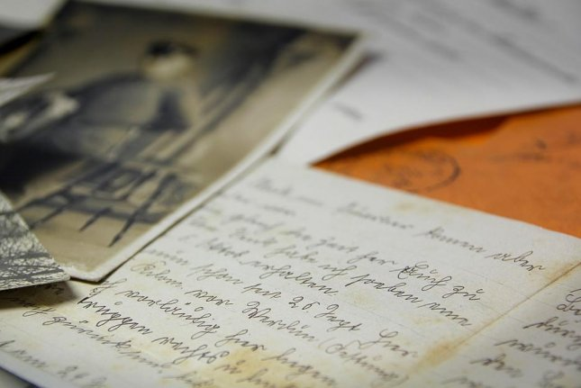 Zen Hanson found a stash of World War II letters at an antique store in Idaho and was able to use social media to return them to the family. Photo byGregMontani/Pixabay.com
