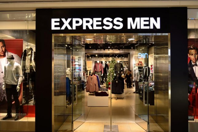 Retailer Express announced plans to close 100 of its 650 stores by 2022. Photo by Raysonho/Wikipedia