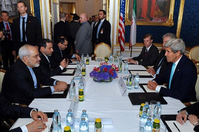 U.S. Secretary of State faces Iranian Foreign Minister Mohammad Javad Zarif in negotiations in Vienna, Austria (CC/ U. S. State Dept.)