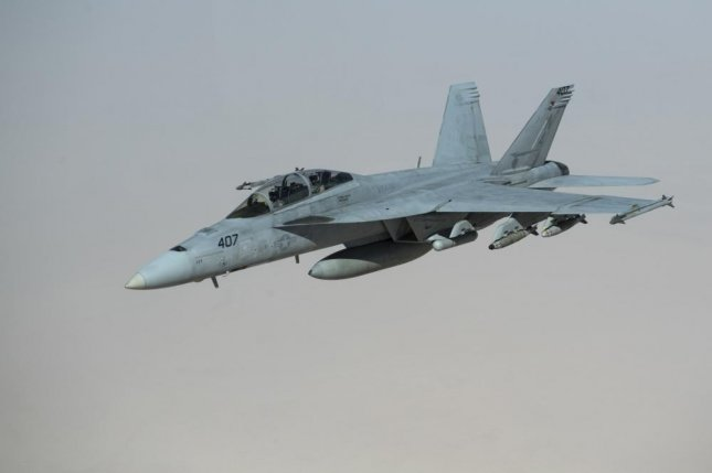 Navy taps Boeing for services on Hornet, Growler aircraft