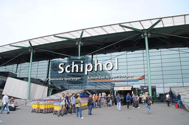 Schiphol airport's fuel system was back online later in the day. File Photo courtesy Cjh1432000/Wikimedia Commons