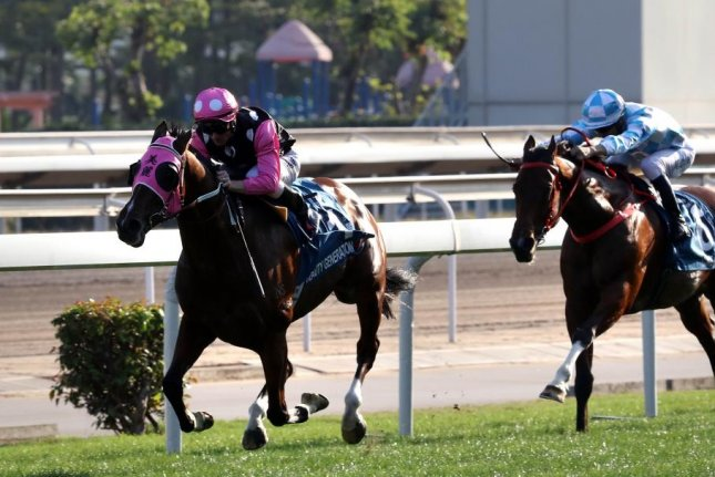 Beauty Generation, the world's top turf miler, seen winning the Grade I Stewards' Cup Jan. 20, returns for Sunday's Group 1 Queen's Silver Jubilee Cup. Hong Kong Jockey Club photo