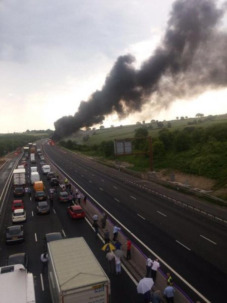 A fire in a truck carrying explosives on Britain's M1 highway Wednesday stalled motorists dealing with a heat wave engulfing all of Western Europe (CC/ Ryan McLeod/ Twitter)