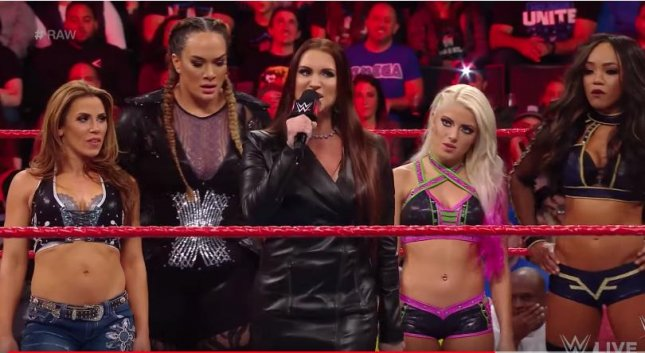 WWE set for first ever women's Royal Rumble match in January