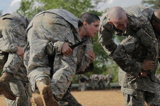 U.S. soldiers participate in Ranger School at Fort Benning, Ga., on April 20, 2015. Photo by Spc. Nikayla Shodeen, U.S. Army