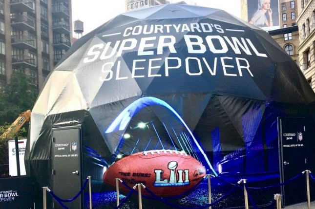 Courtyard's Ultra High-Tech 4D Virtual Reality Dome was free for fans to enter on Thursday in New York City. It featured a 4D projection screen, which transformed fans into the site of Super Bowl LII in Minnesota. Photo courtesy of Courtyard Marriott.