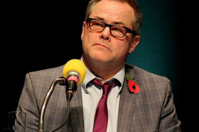 2014 photo of Jack Dee, courtesy of Wikimedia Commons