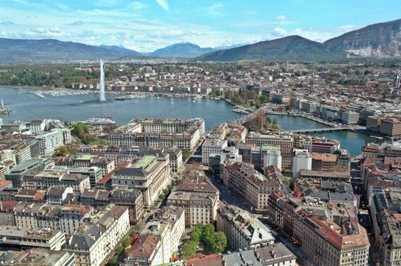 Geneva's new minimum wage will take effect Nov. 1. Photo byStéphane Pecorini via Wikimedia Commons