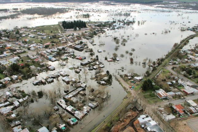 More than 6,600 people have been displaced and about 1,000 homes have been damaged throughout Uruguay due to flooding caused by heavy rains. The city of Durazno is most affected by flooding. Photo courtesy of Uruguay's National Emergency System