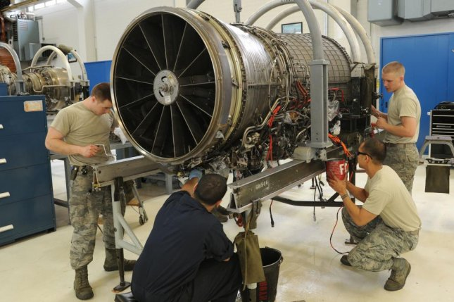 Honeywell nabs $1B for aircraft support for Air Force - UPI com