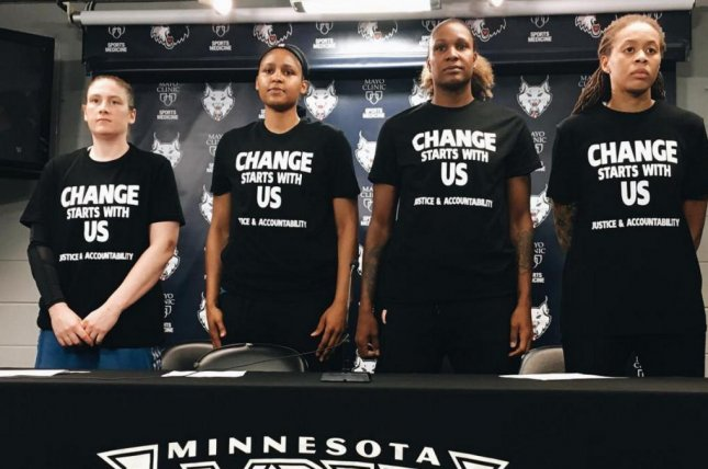 Cops walk out after Lynx wear 'Black Lives Matter' shirts - UPI.com