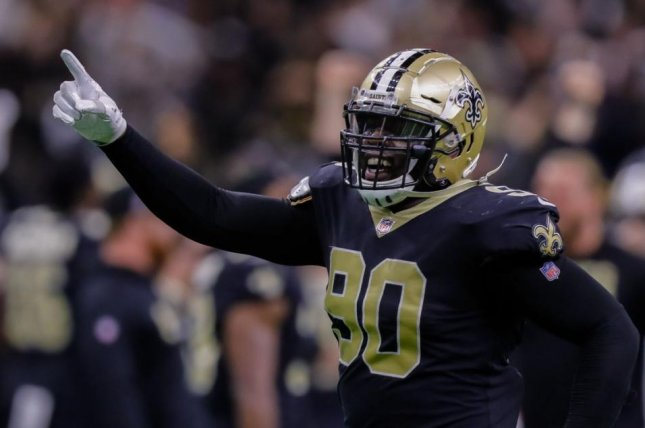 Saints re-sign defensive end George Johnson to one-year deal