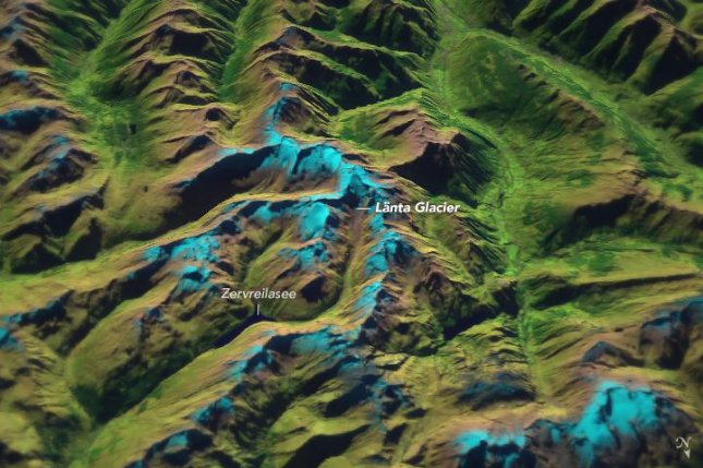 The Länta Glacier is significantly smaller than it was 20 years ago. Photo by Landsat 8/NASA