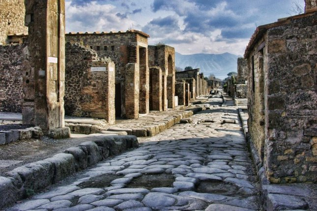 A Canadian tourist named Nicole sent a package to a travel agent in Italy containing artifacts that she took from Pompeii 15 years earlier. The woman said the items had brought a curse into her life. Photo by Graham-H/Pixabay.com