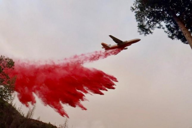 The Heart of Yosemite Is Closing as Crews Battle Nearby Wildfire