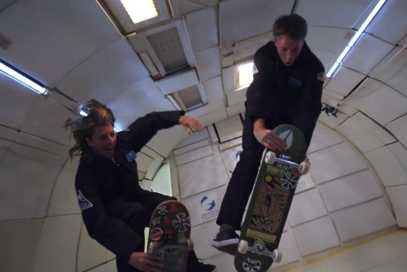Tony Hawk and Aaron Jaws Homoki attempt skateboard tricks in zero gravity. Screenshot: Sony/YouTube