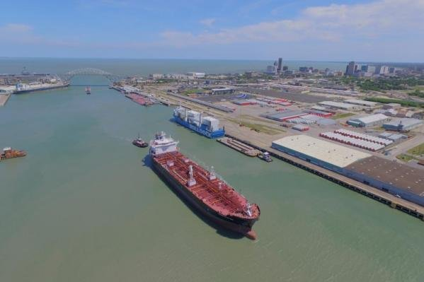 U.S. ports can't handle the larger vessels with a million barrel capacity that have better economics for crude oil transportation, a federal report read. Photo courtesy of the Corpus Christi port authority