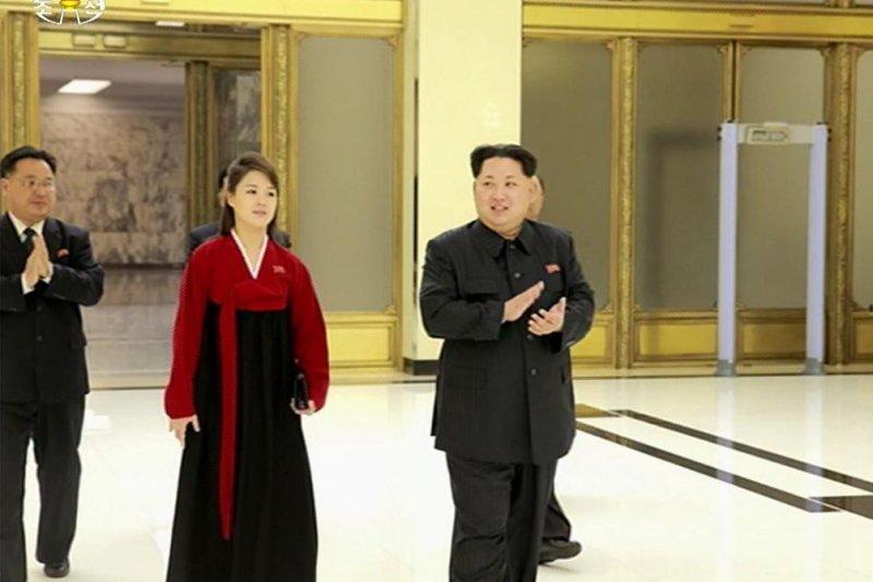 Ri Sol Ju La Myst 233 Rieuse Femme De Kim Jong Un