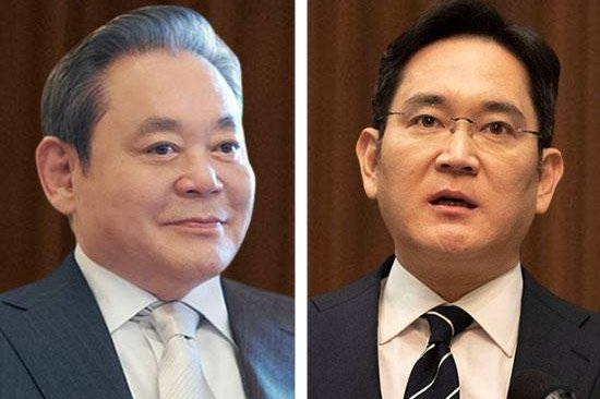 Samsung Electronics Vice Chairman Lee Jae-yong (R), his two sisters and his mother will pay $11 billion in tax to inherit $23 billon in assets from his father, former Samsung Chairman Lee Kun-hee (L), who died in October. UPI News Korea File Photos
