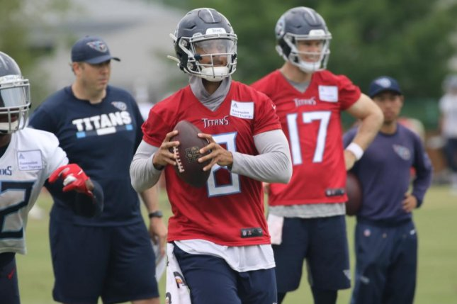 Marcus Mariota (8) and Ryan Tannehill (17) are both taking reps at quarterback during Tennessee Titans off-season OTAs, with Tannehill as the clear backup heading into the 2019 season. Photo courtesy of Gary Glenn/Tennessee Titans