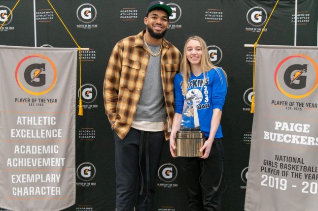 Minnesota Timberwolves star Karl-Anthony Towns surprised Paige Bueckers with the 2019-2020 Gatorade National Girls Basketball Player of the Year award Monday at Hopkins High School in Minnetonka, Minn. Photo courtesy of Gatorade