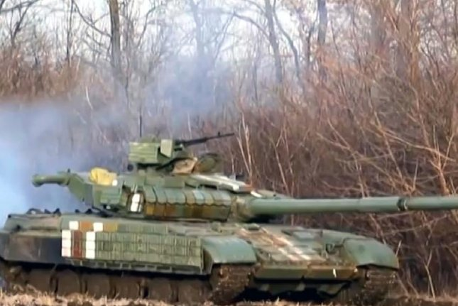 A Ukrainian Army tank in the battle for Debaltseve (CC/ wikimedia.org/ STRC)