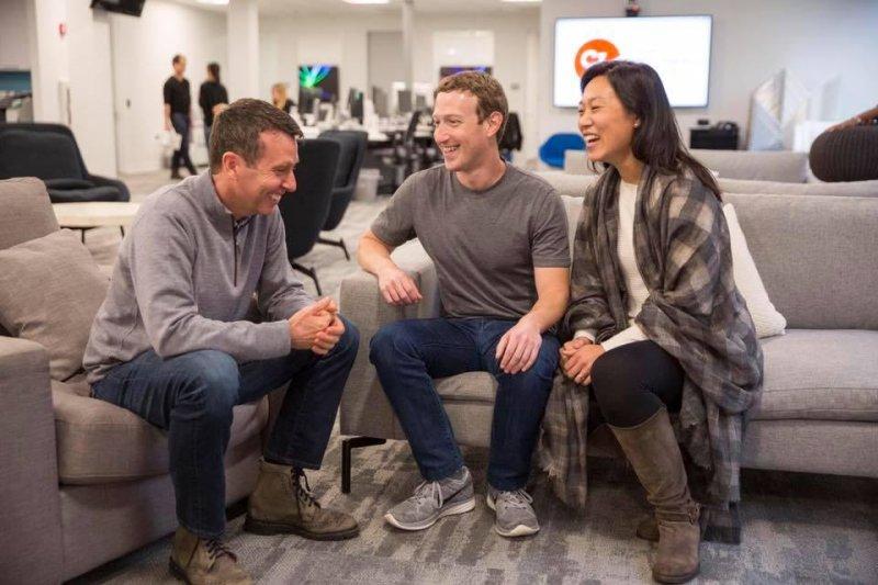 Former Obama campaign chief David Plouffe joins Chan Zuckerberg Initiative