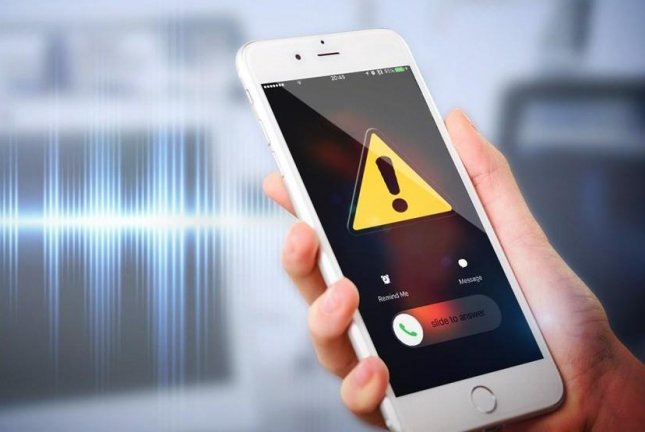 The U.S. Supreme Court on Monday ruled 6 to 3 to uphold a ban on political robocalls for cell phones and expanded the ban to debt collectors as well. Photo by MGN Online/Pixabay
