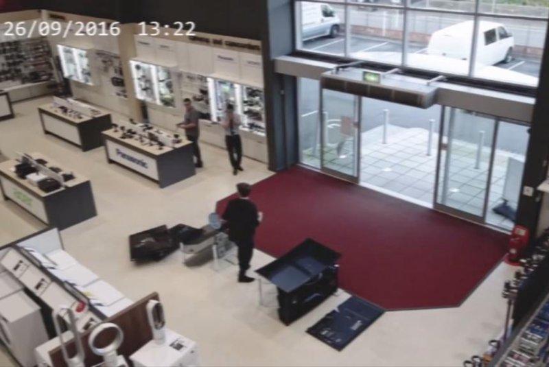 An HBH Woolacotts customer is having a pretty bad day. Screenshot: Storyful
