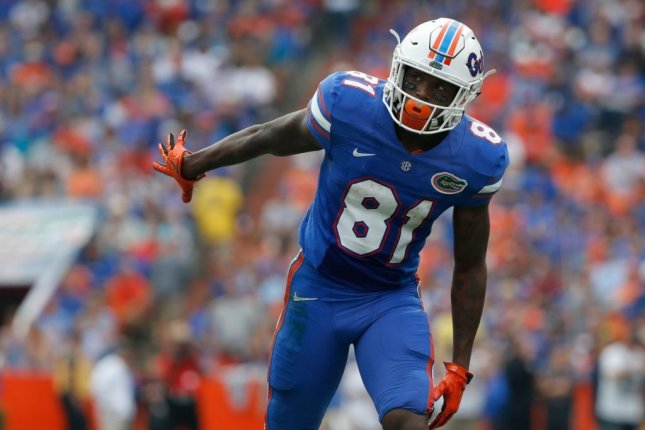 Seven Gators suspended for season opener