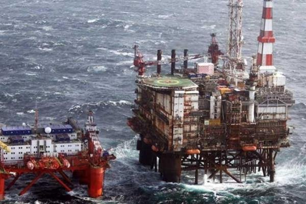 Scottish government sets up transition fund to support workers faced with layoffs from a declining North Sea oil and gas sector. Photo courtesy of BP
