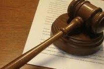 A judge's gavel (CC/Brian Turner)