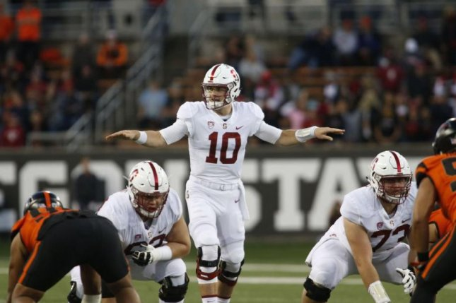 Stanford quarterback Keller Chryst (10), who plans to transfer after graduating in the spring, will visit Tennessee over the weekend, according to Sports Illustrated on Thursday. Photo courtesy of Stanford Football/Twitter