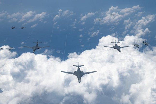 U.S. B-1 Lancers, B-2 stealth bombers conduct missions in Indo-Pacific