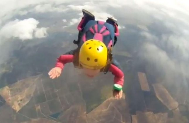 British skydiver dies after parachute fails to open
