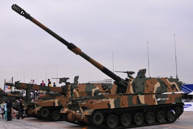 Finland and Estonia will reportedly purchase used K9 Thunder howitzers from South Korea. Pictured: A South Korean K9 howitzer on display. Photo by Defense Citizen Network/Wikimedia Commons