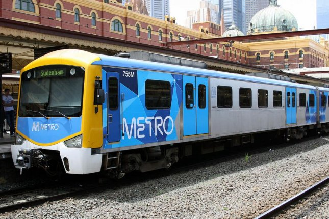 Two teenagers were seen train surfing by holding on to the back of a Melbourne train as it pulled out of Yarraville Station. Photo by Zed Fitzhume/Wikimedia Commons