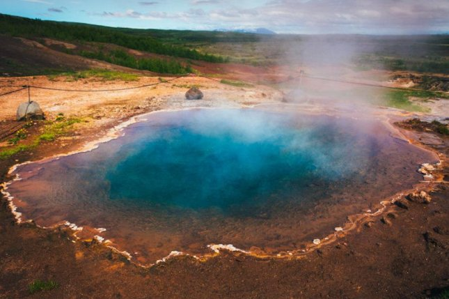 Ancient bacteria living in hot springs possess the components used by distantly related bacteria to split-water for photosynthesis. Photo by Imperial College London