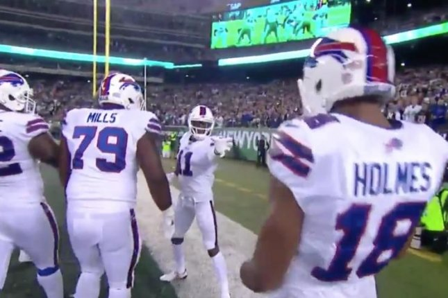 Watch: Buffalo Bills' Zay Jones turns into Darth Vader after TD vs