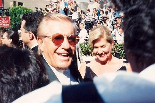 Jerry Van Dyke on the red carpet at the Emmys in 1994. The comic actor has died at the age of 86, his wife told TMZ Saturday. Photo by Alan Light/Wikimedia Commons