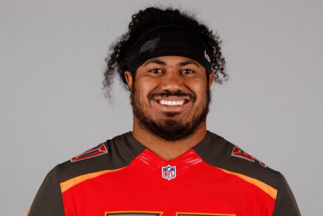 online retailer f21aa 7e49c Tampa Bay Buccaneers first-round DT Vita Vea carted off in ...