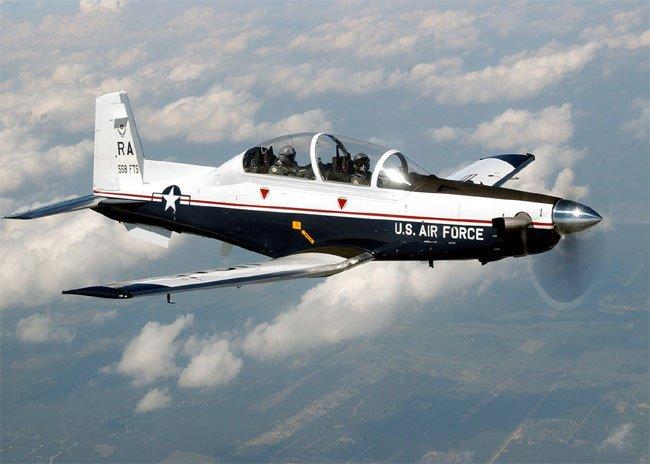 A T-6A Texan II, courtesy of MSgt David Richards via Wikimedia Commons.