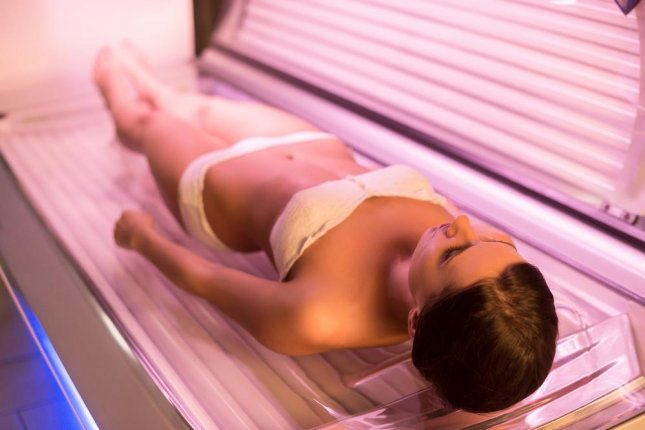 Risks Of Using Tanning Beds