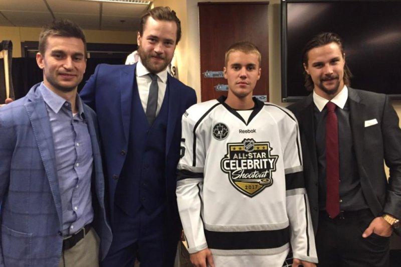 Victor Hedman, Justin Bieber, and Erik Karlsson. (NHL/Twitter)