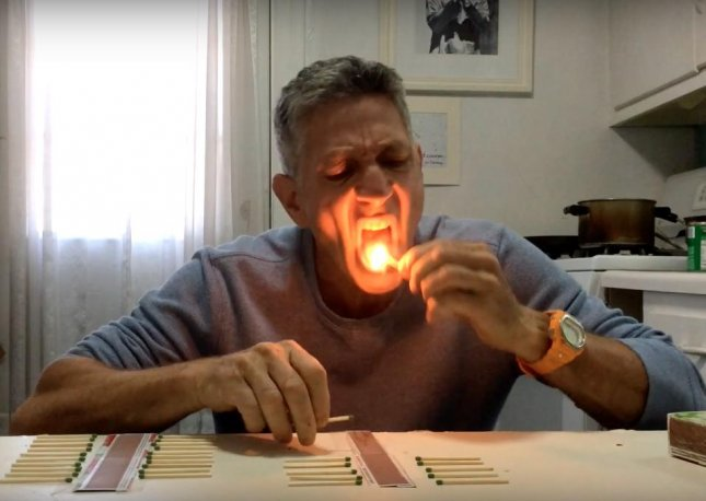 A daring New York man set a new Guinness World Record by extinguishing 37 matches with his tongue in a minute.